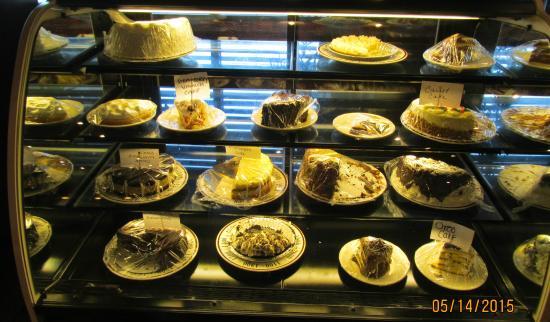 Hillview Restaurant: Desserts