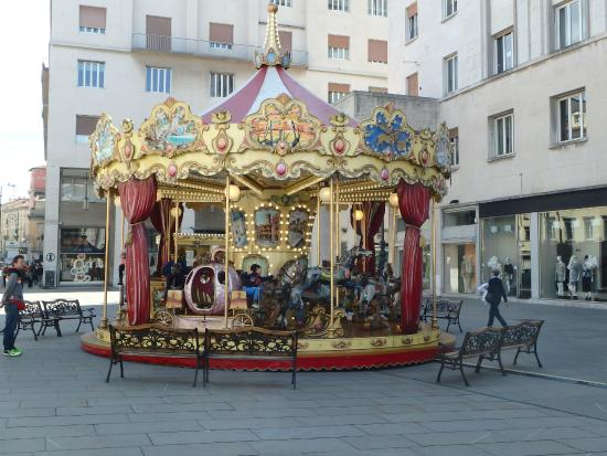 Citta Vecchia (Old City): amusement