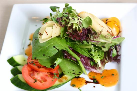 Sante Restaurant: Mixed greens