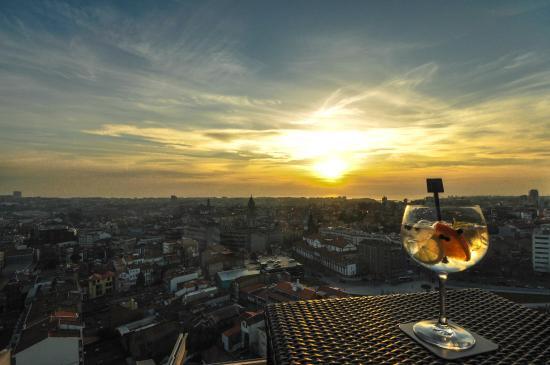 """Dom Henrique Hotel : """"17º"""" BAR view"""