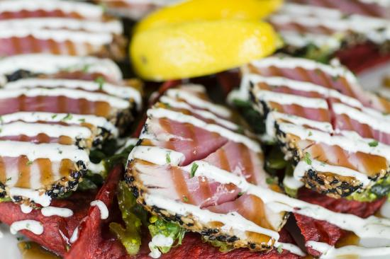 Miller's Seafood & Steak House: Tuna Wantons