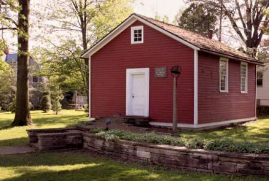 Oberlin, OH: Little Red Schoolhouse