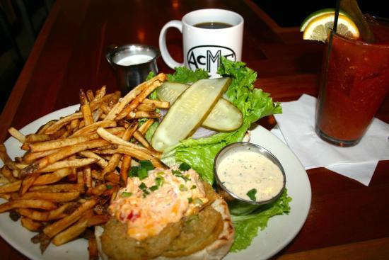 Acme : Fried green tomato sandwich