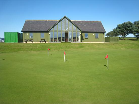 ‪Maverston Golf Course‬