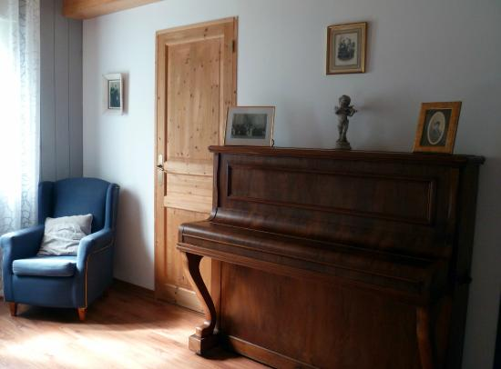 Aste-Beon, France : chambre