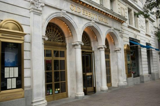 Photo of American Restaurant Old Ebbitt Grill at 675 15th Street, Nw, Washington, DC 20005, United States