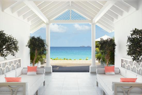 Cheval Blanc St-Barth Isle de France entrance