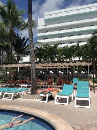 chambre avec vue sur mer picture of hotel riu plaza. Black Bedroom Furniture Sets. Home Design Ideas
