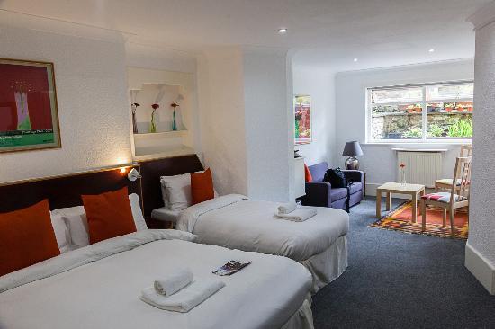 No 32 Hotel: Zimmer 12 im Untergeschoss