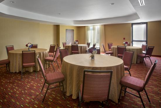 Courtyard Paramus: Meeting Room