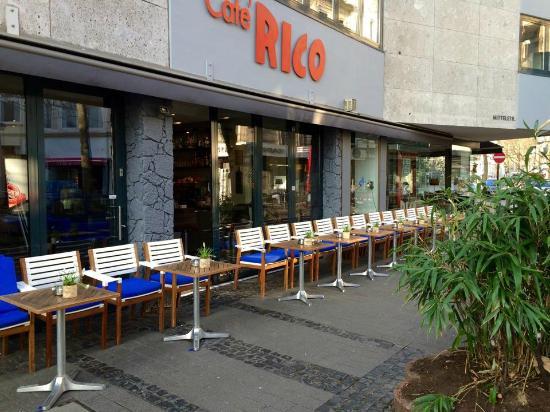 Cafe RICO: Aussenterrasse