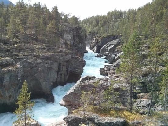 Vaga Municipality, النرويج: ущелье