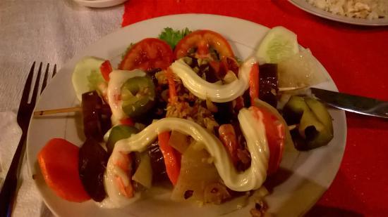 Lap Thao Restaurant: Scampi-Spieße mit Paprika und Zwiebeln