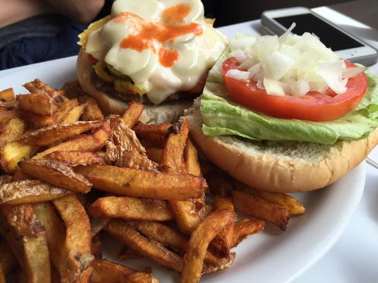 Prince Albert's Diner: another burger offering of goodness