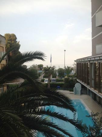 Costa Residence: dalla foto nn se vede bene ma è un bel panorama!