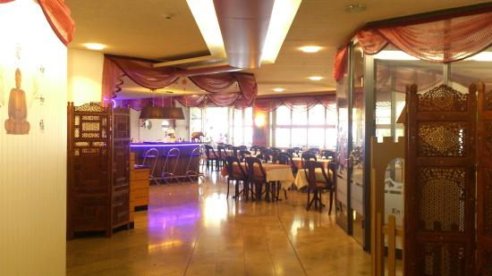 Zaitoon Multi Cuisine Restaurant