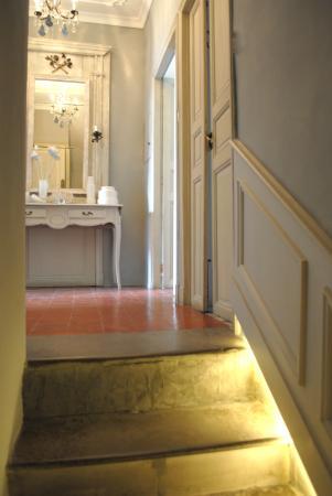 """Maison d'Hotes """"La Galerie"""": Escalier"""