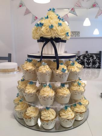 Wedding Cupcake Simple But Elegant Also A Very Cost Effective
