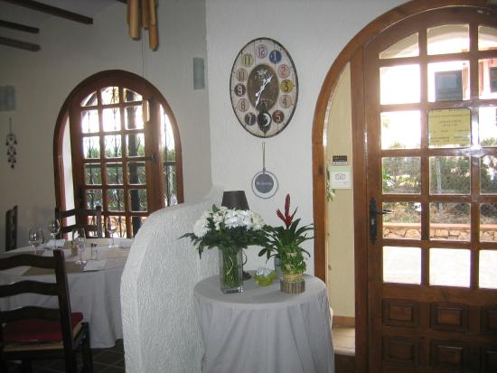 El Viejo Almacen del Albir: ENTRADA PRINCIPAL