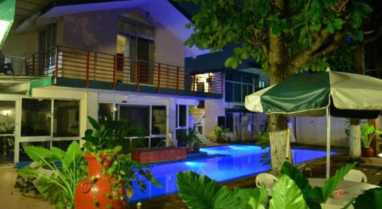 Hotel Campestre Merida: Vista a la piscina