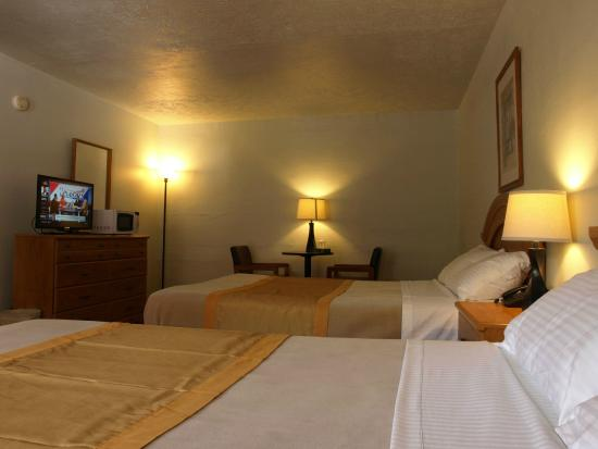 Photo of Economy Inn & Suites Gatlinburg