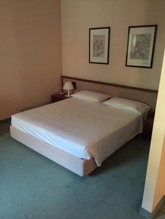 Hotel Diana : Schlafzimmer