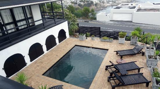 51 On Camps Bay Guesthouse: Pool