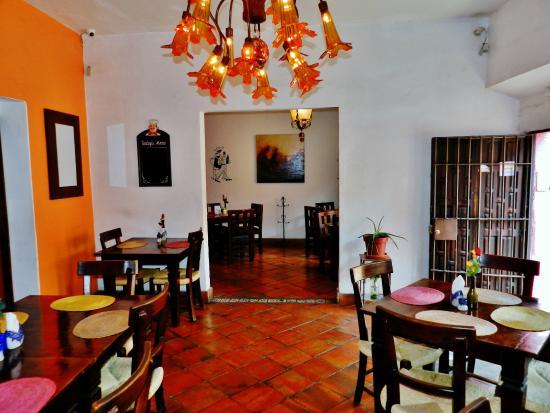 Rosa Morada Hotel Bed & Breakfast: Comedor