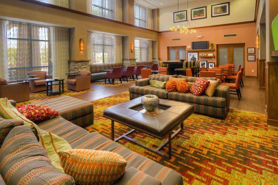 Hampton Inn & Suites Yuma: Hotel Lobby