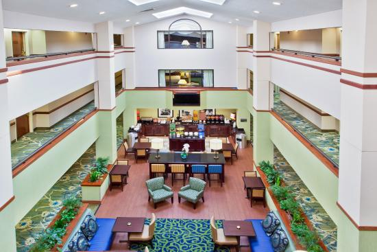 Hampton Inn Valdosta/Lake Park Area: Lobby