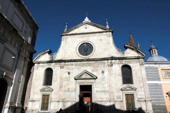 Chiesa di Santa Maria del Popolo: Santa Maria del Popolo facade