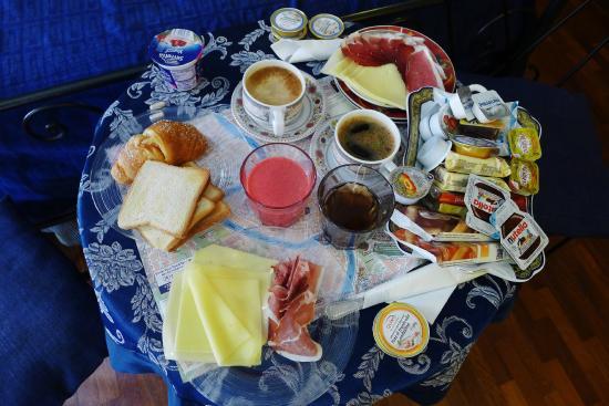 Residenza Ave Hotel: Breakfast