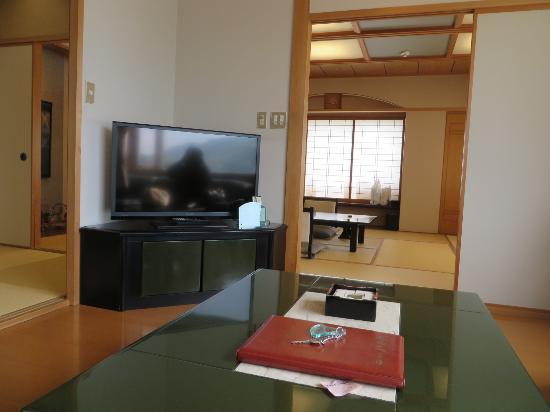 Hotel Yachiyo: 部屋の様子