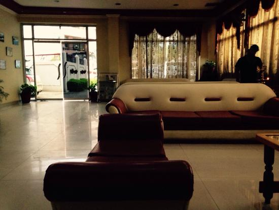 Katra Continental: Reception