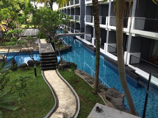 pool - Foto di Grand Dafam Bela Ternate, Ternate - TripAdvisor