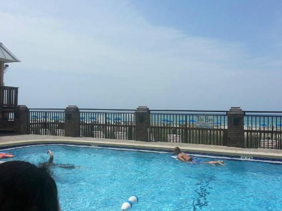 Driftwood Lodge: View from the pool