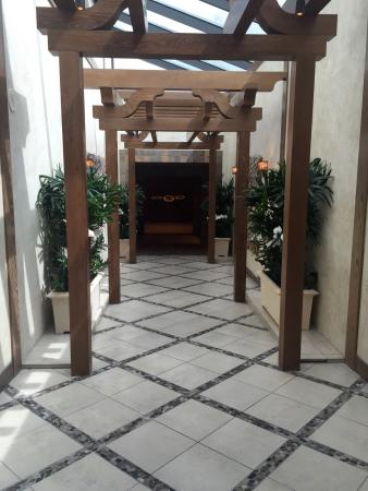 Grand Spa & Fitness Center: Entrance to spa at MGM