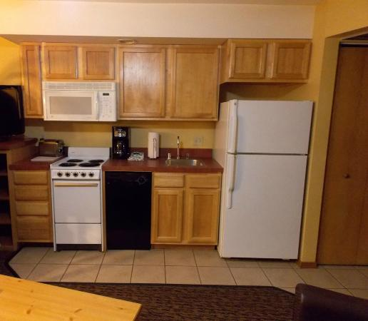 Wyndham Durango: Kitchen area