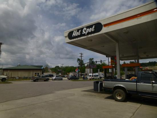 Caffe Rel: look for this gas station