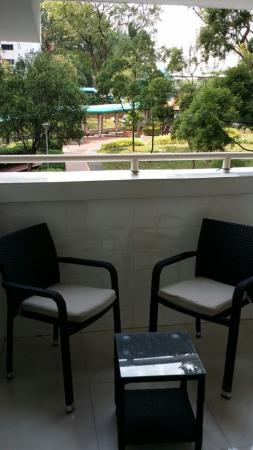 Lotus Hostel: Balcony