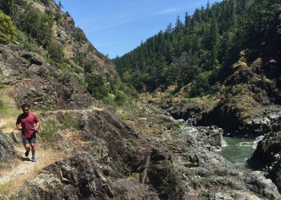 Momentum River Expeditions: Running the Rogue River Trail