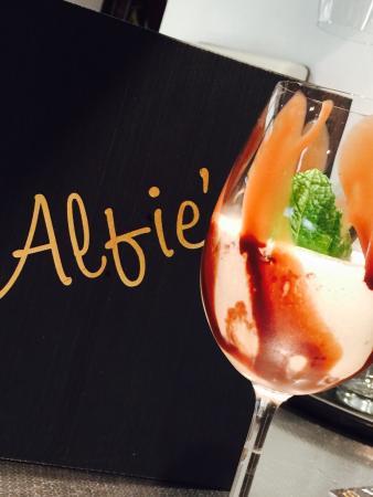 Alfies Mooo Char & Bar: Alfie's Mooo Char and Bar