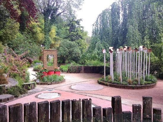 Petrifiante photo de jardin des fontaines petrifiantes - Le jardin des fontaines petrifiantes ...