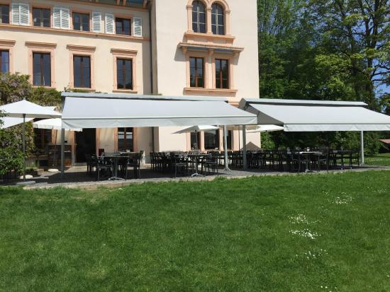 La terrasse du Castel de Bois Genoud  Photo de Restaurant de Bois