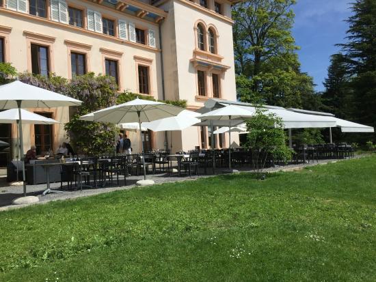 Restaurant de Bois Genoud La terrasse du Castel de Bois Genoud