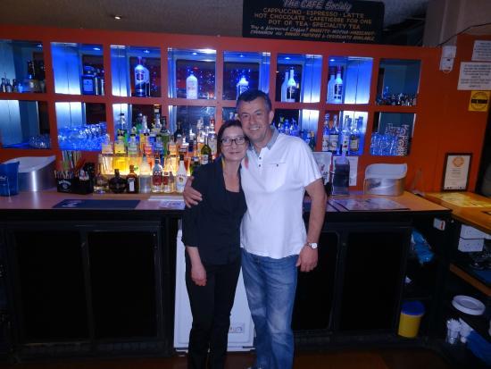 Henry J's Bar: Cocktail bar staff.