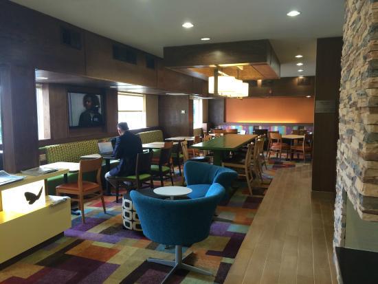 Fairfield Inn Huntsville: レストラン