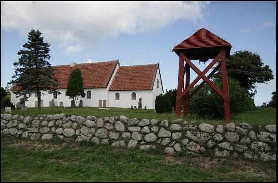 Albaek, Dinamarca: Råbjerg kirke uden for muren