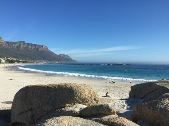 The Bay Atlantic Guest House: View of Camps Bay Beach from Glen Beach.