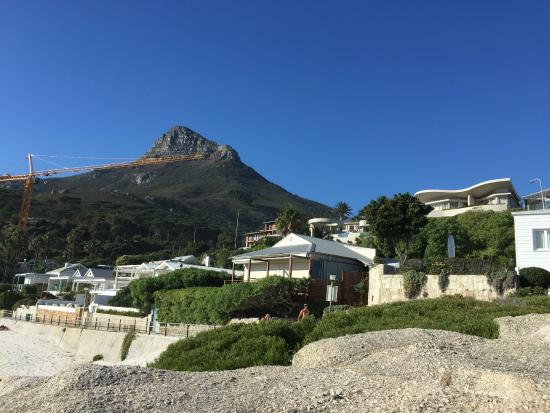 The Bay Atlantic Guest House: View of Lions Head from Glen Beach.